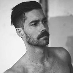 Everyman wants a cool haircut for from undercuts, popmadours and buzzcuts her is the 23 trending men's haircuts for Classic Mens Hairstyles, Mens Hairstyles With Beard, Undercut Hairstyles, Haircuts For Men, Men Undercut, Men Hairstyle Short, Easy Hairstyles, Doll Hairstyles, Japanese Hairstyles