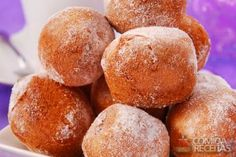 Ricotta Fritters featuring Wholesome Sweeteners Organic Agave and Powdered Sugar. It's a cool variation on donut holes. Breakfast Recipes, Snack Recipes, Dessert Recipes, Snacks, Desserts, Nutella, Cinnabon Rolls, Ricotta Fritters, Corn Cakes