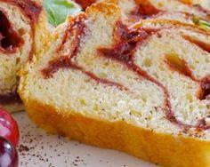 Gâteau zébré au citron et confiture de cerises : http://www.fourchette-et-bikini.fr/recettes/recettes-minceur/gateau-zebre-au-citron-et-confiture-de-cerises.html