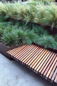 20 Fascinating Modern Garden Planter Bench Designs For Relaxing - Garten 2019 Modern Landscape Design, Modern Garden Design, Modern Landscaping, Backyard Landscaping, Landscaping Ideas, Modern Pergola, Patio Design, Terraced Backyard, Modern Design