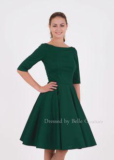 - 50er Jahre inspiriertes Jersey Kleid mit Tellerrock - U-Bootausschnitt vorne - Rückendekolleté mit V-Ausschnitt - halblanger Ärmel (7/8) - Rocklänge auswählbar - das Kleid kann mit Pettico