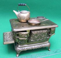 Ideal #2 Brass Plated Cast Iron Toy Stove. patented-antiques.com