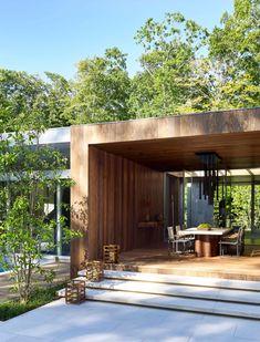 A Modern East Hampton casa Ottiene un rinnovamento drammatico - Latte design