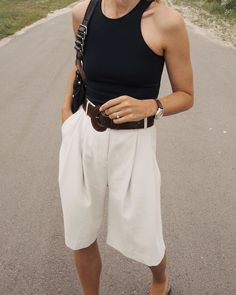 Image in Fashion 🕶👛 collection by Miren Iosu on We Heart It Daily Fashion, Moda Fashion, Fashion Week, Fashion Fashion, Casual Chic, Chic Outfits, Trendy Outfits, Fashion Outfits, Spring Summer Fashion