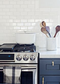 15 Easy Ways to Make an Old Home Look Like New Paint Kitchen and Bath Hardware