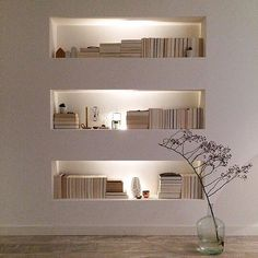 Unique Home Interior Organized lit bookcases provide a hint of drama in a space. Home Interior Organized lit bookcases provide a hint of drama in a space. Home Interior Design, Interior Architecture, Interior And Exterior, Interior Decorating, Interior Ideas, Library Architecture, Apartments Decorating, Decorating Bedrooms, Futuristic Architecture