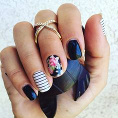 Again with the #onyxjn #black #gel #gelmanicure but it's just too pretty…