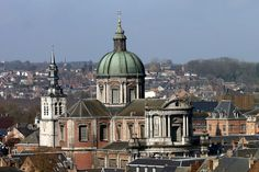 Cathédrale Saint Aubain vue en hauteur - St Aubin's Cathedral - Wikipedia, the free encyclopedia