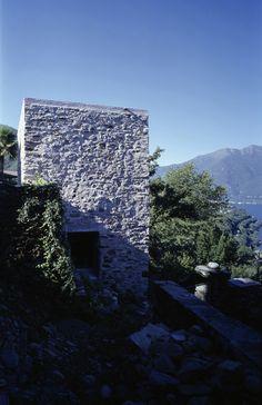 House in Scaiano / Wespi de Meuron