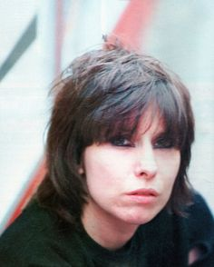 Chrissie Hynde From The Pretenders Photo Music Is Life, My Music, Chrissie Hynde, The Pretenders, Rock Artists, Bob Dylan, Rock N Roll, Cool Girl, Hairstyle