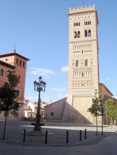 Teruel - Torre mudejar - photo © Robert Bovington    http://bobbovington.blogspot.com.es/ http://www.tablondeanuncios.com/venta-casas-chalets-en-ugijar-granada/casa_adosada_en_ugijar_-2382039.htm https://sites.google.com/site/spanishimpressions/home http://astore.amazon.co.uk/spanisimpres-21/