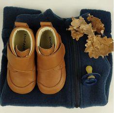 Lækre sutsko i læder fra Enfant Clogs, Camel, Baby Shoes, Barn, Naturally Curly, Curly Bob, Kids, Collection, Design