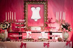 Cha de lingerie Bridal Lingerie Shower, Lingerie Party, Wedding Lingerie, Victoria Secret Party, Victoria Secrets, Burlesque Party, Bride Shower, Wedding Furniture, 24th Birthday