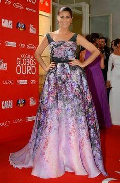 E lá vou eu falar dos Globos de Ouro (porque vocês me pediram). O ano passado, falei dos melhores Looks. Este ano, para variar, falo dos piores. Sim, porque também os há... e não são poucos...! Looks de Festa. Globos de Ouro SIC 2015. Style Statement. Blog de moda portugal, blogues de moda portugueses. Liliana Campos. Veste Couture.