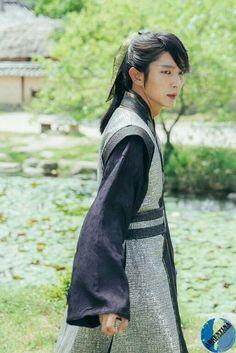 LJG Korean Drama Movies, Korean Actors, Korean Dramas, Busan, Scarlet Heart Ryeo Wallpaper, Moon Lovers Drama, Lee Joong Ki, Wang So, Joon Gi
