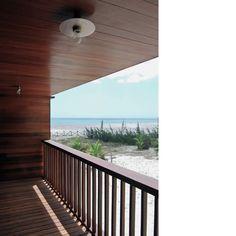 Behbahani Hall Architects / Beach House Preà, Brazil / Balcony, sea view, beach, timber deck, timber balustrade, light fitting detail