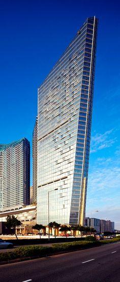One Central Tower, Mandarin Oriental Macau, China by Kohn Pedersen Fox Associates Architects :: 42 floors, height 165m
