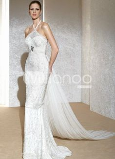 Trending halter wedding dresses are such a hit for