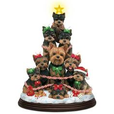 Yorkie Family Christmas Tree, so want this!