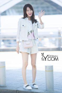 Yoona (윤아) May 1990 Seoul, South Korea. Im Yoona, Seohyun, Snsd Fashion, Asian Fashion, Girl Fashion, Womens Fashion, Daily Fashion, Fashion Photo, Fashion Clothes