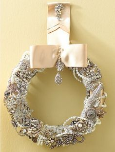 Designer Christmas Wreaths | INTERIOR DESIGN - 12 Unique Christmas Wreaths