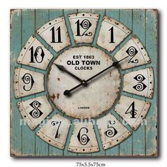 VINTAGE CLOCK It soooo appealing for those of us who are attracted to the rustic look. Use license plates Cool Clocks, Unique Wall Clocks, Diy Clock, Clock Decor, Old Town Clock, Tick Tock Clock, Antique Clocks, Vintage Clocks, Wall Watch