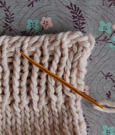 In her DVD, A Knitting Glossary, Elizabeth Zimmermann very rightly points out that the common method of binding off is  big-time unsatisfying. If it's tight enough to look neat, the edge is  taut and inflexible. If it's loose enough to be elastic, the edge is  lumpy and messy. Look...untidy!