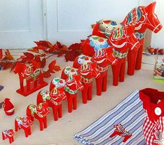 lots of Dala horses