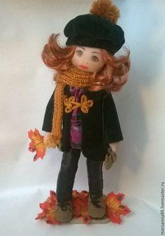 Купить Куколка Осень - осень, Рыжая, кленовые листья, зеленое пальто, берет, бархат