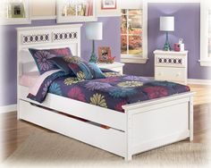 Zayley Replicated White Paint Twin Panel Bed w/Trundle Storage