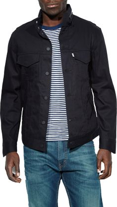 Urban casual at it's best, this Levi jacket has some extra features that make it a bike commuter, too. Levi's Commuter Series Hooded Trucker Jacket - Men's
