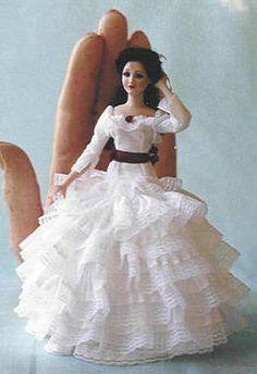 Doreen Sinnett home page. Doreen Sinnett miniature porcelain dolls.