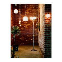 MINUT Standleuchte IKEA Breit gestreutes Licht für Allgemeinbeleuchtung.