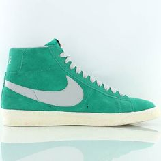 d14181c186bd ... Hommes Chaussures Nike Blazer Mid premium Vintage suede gris turquoise  Blanc