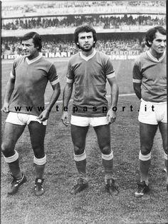 Tantissimi Auguri al Mitico Ennio Fiaschi (Uliveto Terme, 2 ottobre 1945) ⚽️ C'ero anch'io … http://www.tepasport.it/  Made in Italy dal 1952 #WEAREBACK