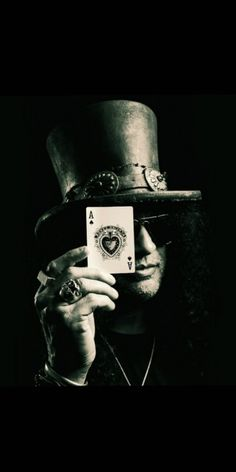 For everything Guns n Roses check out Iomoio Scott Weiland, Guns And Roses, Heavy Metal Music, Axl Rose, Flash Art, Art Music, Hard Rock, Rock Bands, Rock N Roll