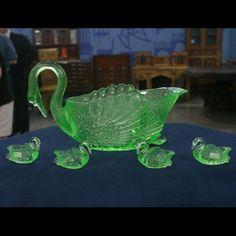 Cambridge Glass Company Swans Punch Set, ca. 1930 on Antiques Roadshow Antique Dishes, Antique Glassware, Antique Bottles, Vintage Bottles, Vintage Perfume, Antiques Roadshow, Punch Bowl Set, Vaseline Glass, Swans