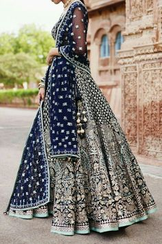 Zifaaf Bridal Couture Specializes in Custom Made Indian and Pakistani Bridal Dresses.👍 ✔Bridal Wear Anarkali Suits ✔Bridal Lehenga ✔Designer Sharara P. Indian Bridal Outfits, Indian Bridal Lehenga, Indian Bridal Fashion, Pakistani Bridal Dresses, Indian Bridal Wear, Indian Dresses, Indian Wedding Dresses, Bridal Anarkali Suits, Lehenga Wedding