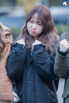 Image about kpop in Yoojung ; Weki Meki by I know, u know, Lee know 🌙 Kpop Girl Groups, Korean Girl Groups, Kpop Girls, Kim Chungha, Grumpy Face, Rapper, Choi Yoojung, Japanese Wife, Cosmic Girls