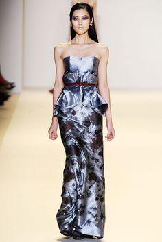 Carolina Herrera Fall 2010 Ready-to-Wear Fashion Show - Maryna Linchuk