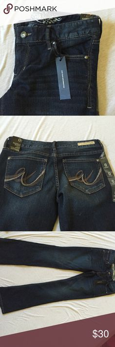 express jeans bootcut, new but never worn. short 0 Express Jeans Boot Cut