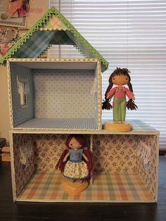 Wren Nest DIY Cardboard Cottage Tutorial Source by Cardboard Dollhouse, Cardboard Toys, Cardboard Houses, Cardboard Furniture, Homemade Dollhouse, Diy Dollhouse, Doll Furniture, Dollhouse Furniture, Diy For Kids