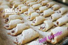 Απίθανα Μπισκότα μήλου Greek Recipes, Donuts, Biscuits, Bakery, Food And Drink, Xmas, Sugar, Apple, Cookies