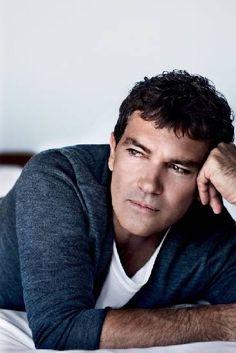 Antonio Banderas: o charme cinquentão do ator espanhol que visitou o Rio