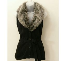 Fur Collared Vest Size XS Detachable fur collar  Color: Black Length: 25.5 inches Button-up front Sweaters Cardigans