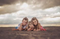 Collection of images that I find inspiring Sibling Photo Shoots, Sibling Photography, Sibling Poses, Beach Photography, Children Photography, Lifestyle Photography, Food Photography, Sibling Beach Pictures, Family Beach Pictures