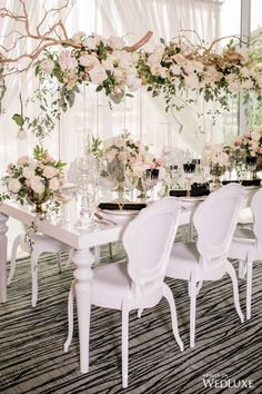 Top 5 Never Been Seen Wedding Table Centerpieces - Put the Ring on It Romantic Weddings, Simple Weddings, Elegant Wedding, Floral Wedding, Wedding Flowers, Luxury Wedding, Vintage Weddings, Wedding Table Centerpieces, Flower Centerpieces