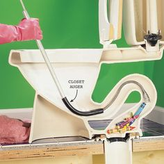 How to Fix a Clogged Toilet - Step by Step | The Family Handyman If ever there's anything my wonderful husband *can't* do...