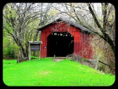 Owen's Covered Bridge at Easter Lake in Des Moines, Iowa
