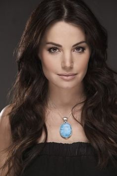 Erica Durance - I love her hair.